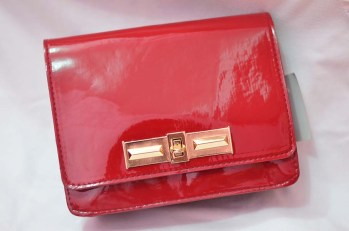 Red bag (front)